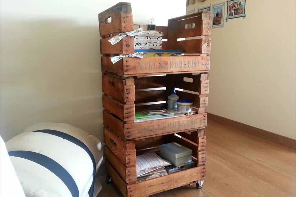 Estanteria cajas de fruta morera ecodeco mobiliario - Estanterias con cajas de fruta ...