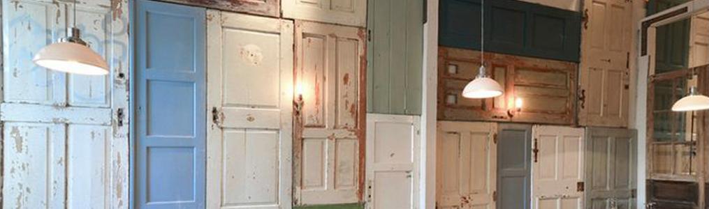 Reciclaje de puertas ecodeco mobiliario for Puertas recicladas