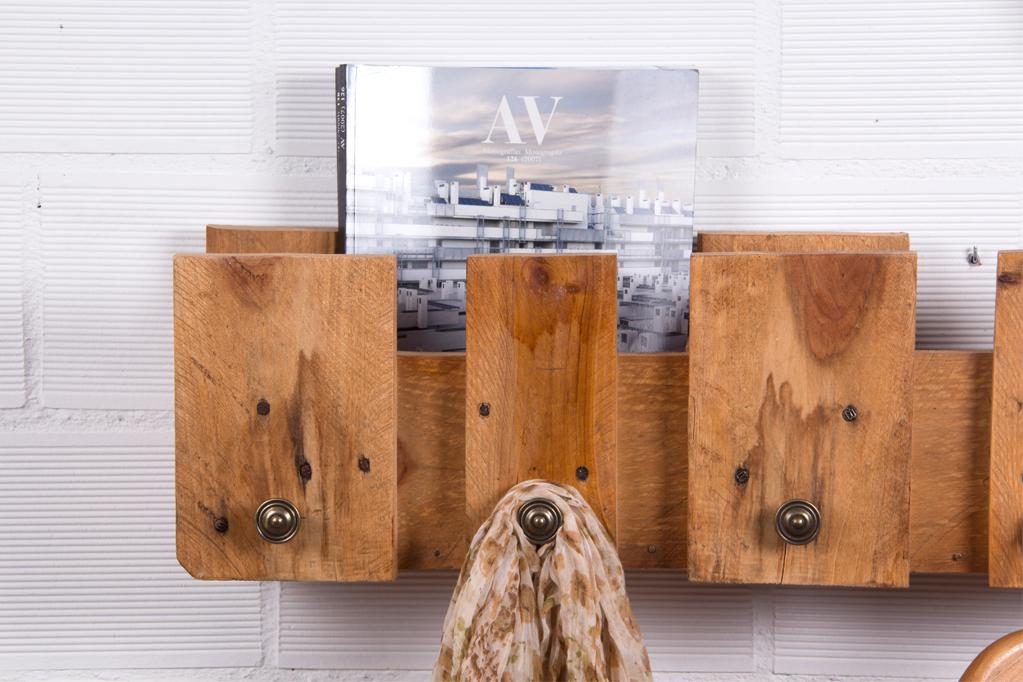 Perchero palets posets ecodeco mobiliario - Percheros rusticos de pared ...