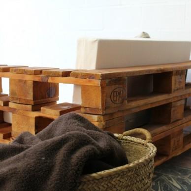 ALMANZOR sofá palets. 120x80cm