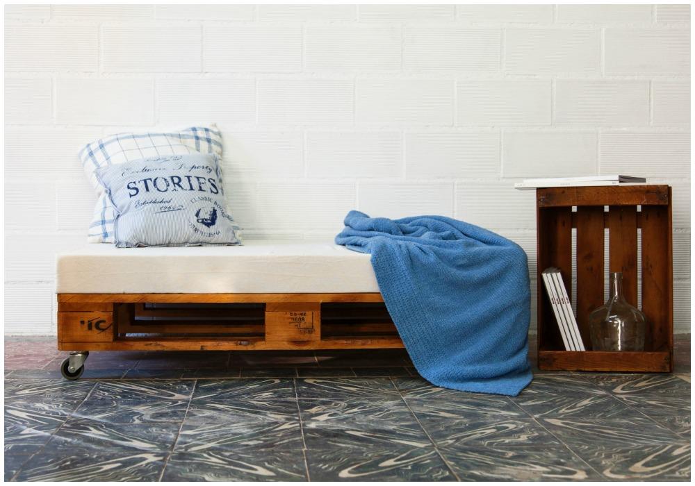 08-sofa-de-palets-aneto-barniz
