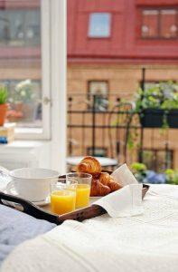 Mesa desayuno cama bandeja ecodeco - Bandeja desayuno cama ...