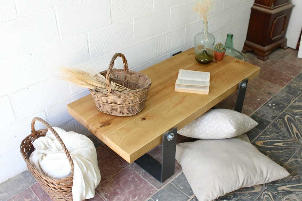 Mesa de madera natural ecodeco mobiliario for Mesa salon madera