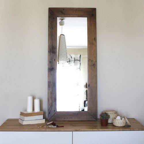 00-espejo-clavel-madera-reciclada-palet