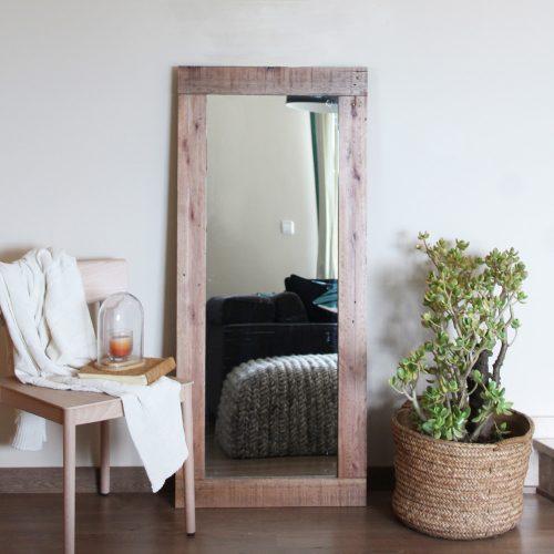 00-espejo-pie-peonia-madera-reciclada-palet