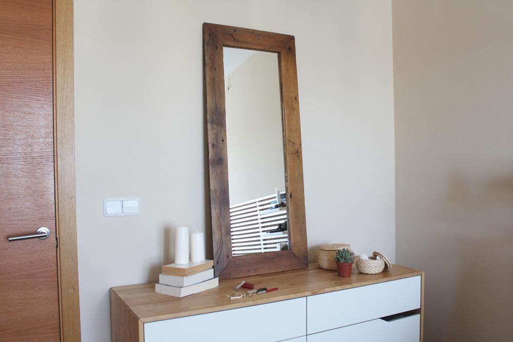 Espejo de madera reciclada ecodeco mobiliario for Espejo madera envejecida