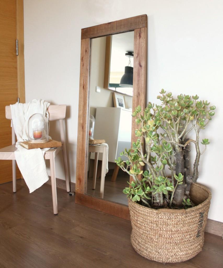 Espejos con marco de madera reciclada ecodeco mobiliario for Modelos de espejos con marcos de madera